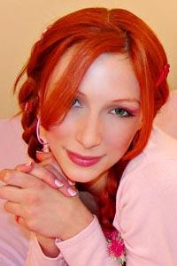 redhead Laura